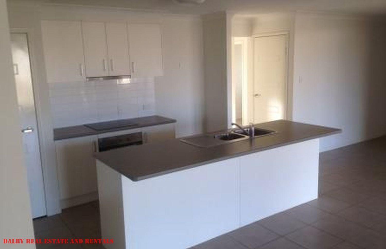 68 Gosden Drive, Dalby QLD 4405, Image 2