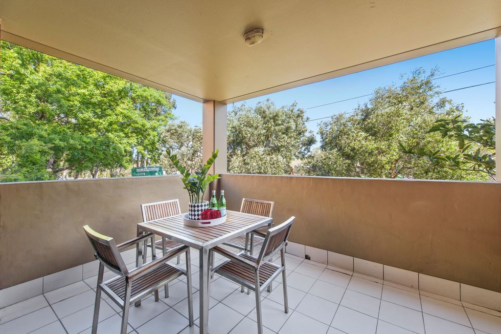 12302/177 Mitchell Road, Erskineville NSW 2043, Image 2