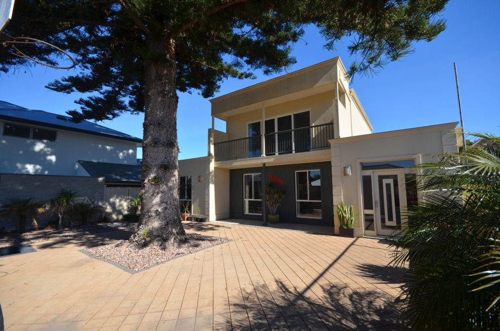 11 James Place, South Brighton SA 5048, Image 0