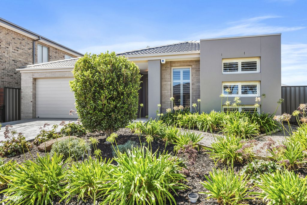 4 Truscott Grove, Point Cook VIC 3030, Image 0
