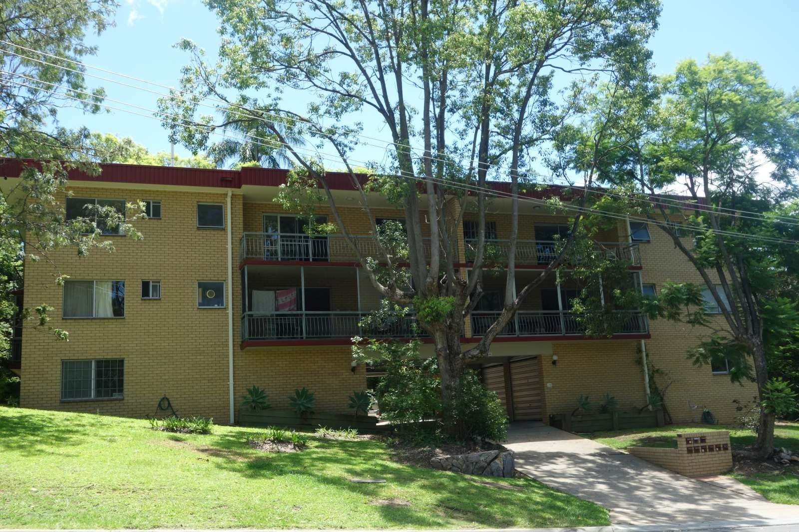 6/15 Douglas Street, St Lucia QLD 4067, Image 1