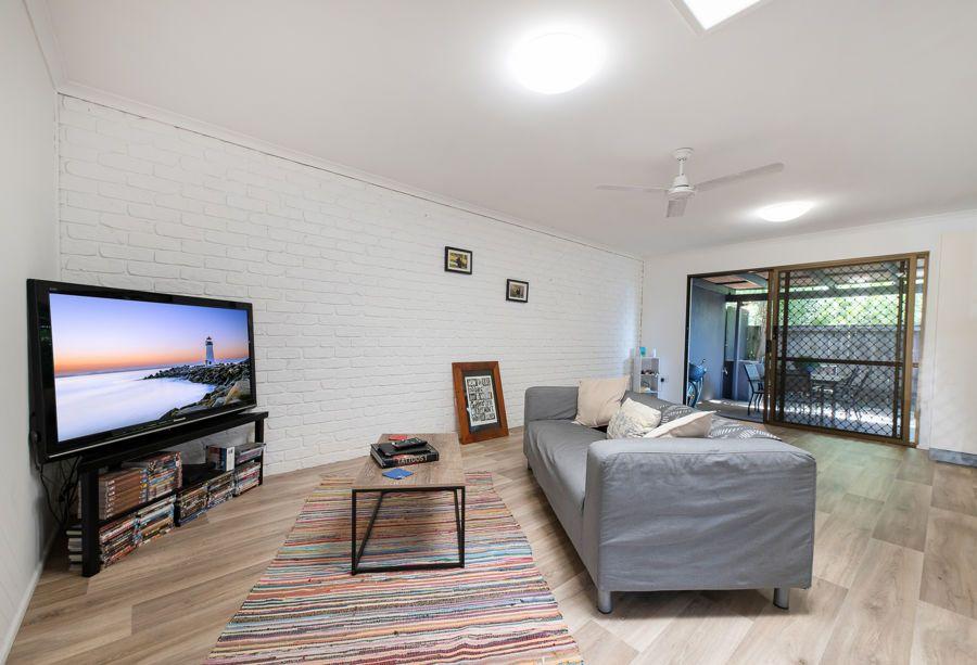 2/6 Moomba Street, Pacific Paradise QLD 4564, Image 1