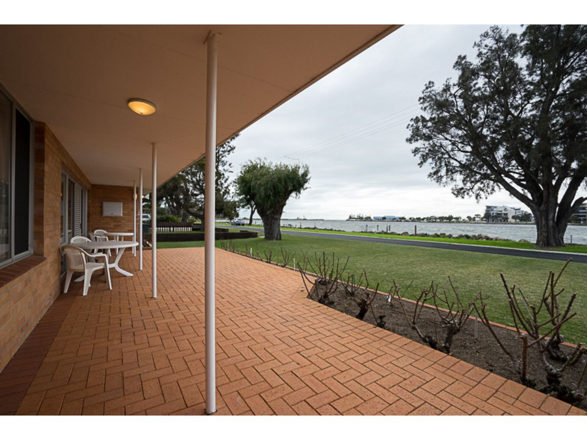 16 Fairbridge Road, Halls Head WA 6210, Image 2