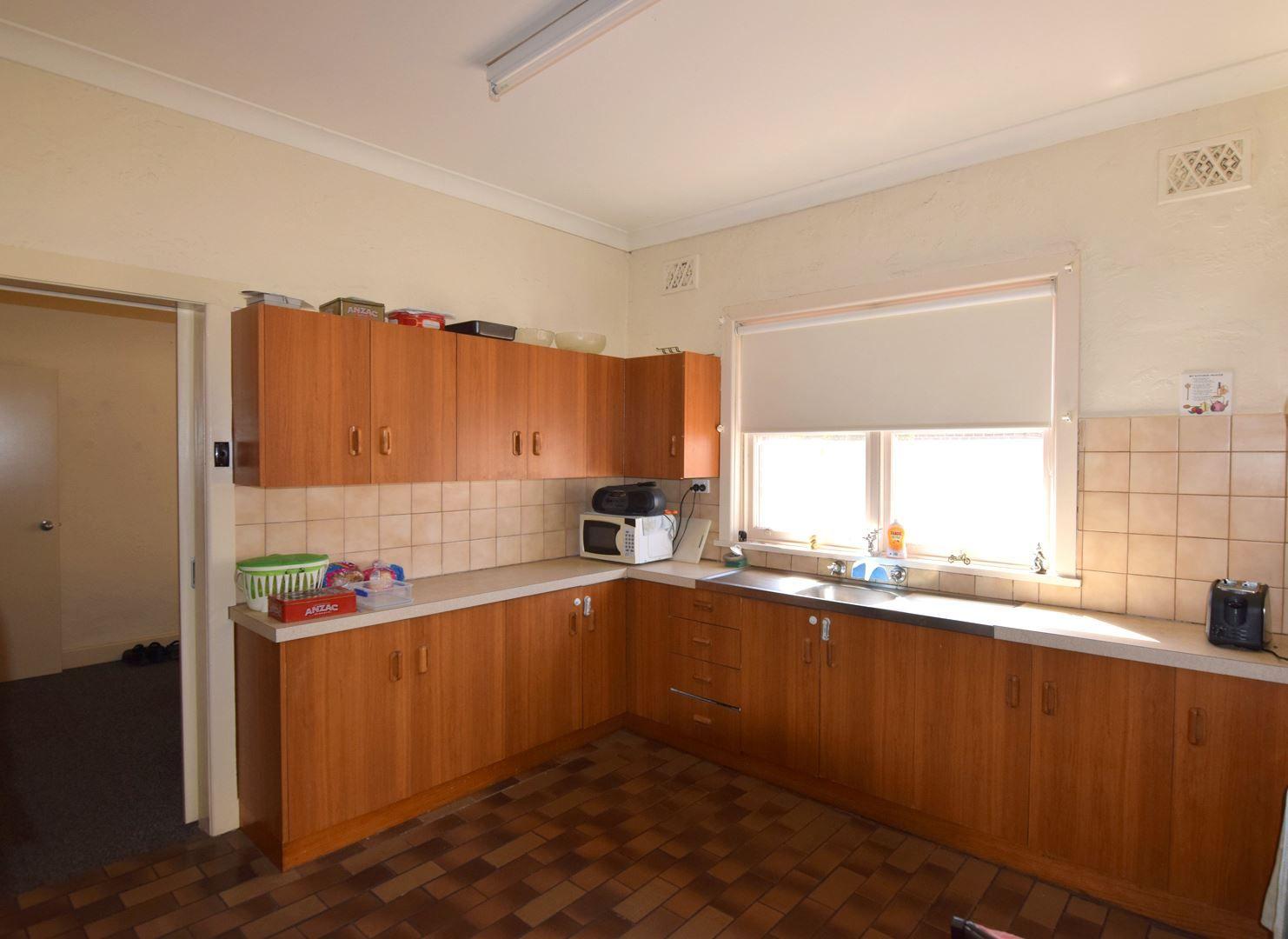 16 Handley Street, Wangaratta VIC 3677, Image 1