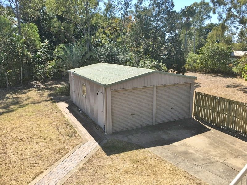 15 MOORE PARK RD, Moore Park Beach QLD 4670, Image 1