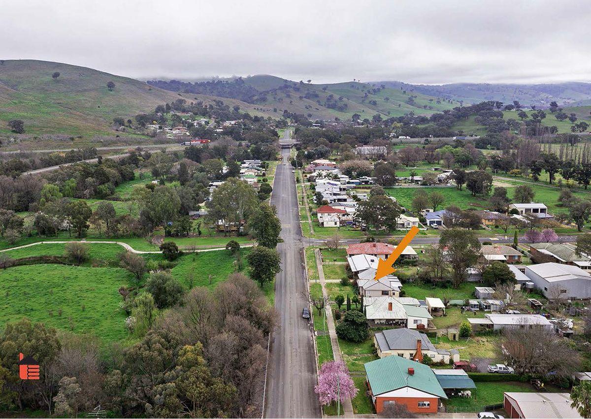 133 Punch Street, Gundagai NSW 2722, Image 1