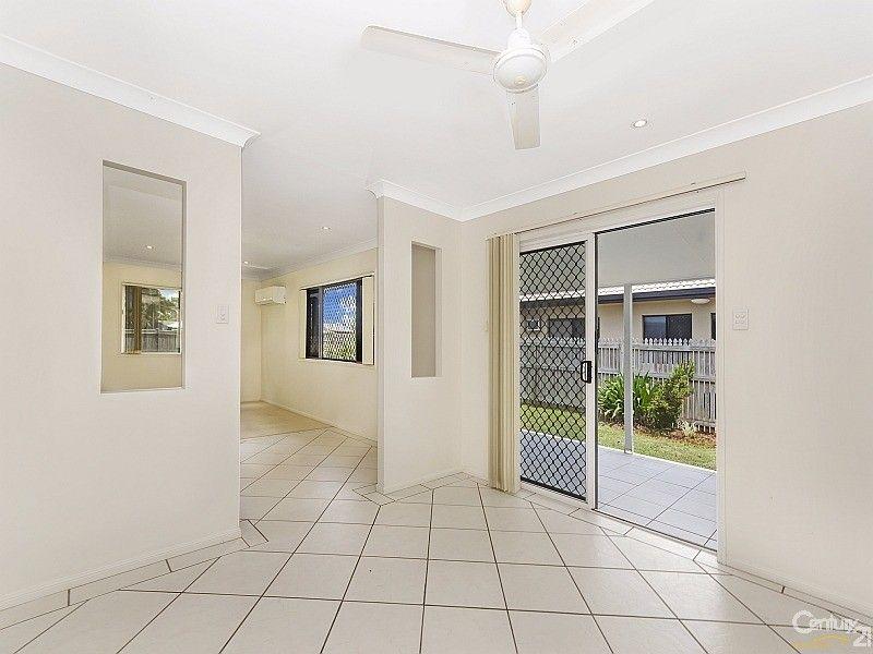 9 Michelia Close, Kirwan QLD 4817, Image 2