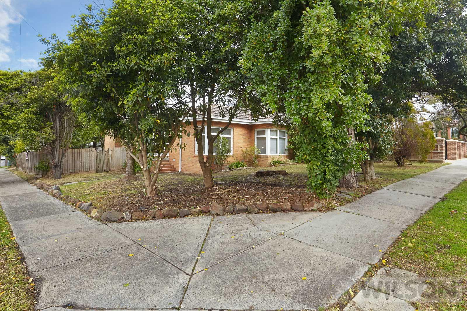 6 Lincoln Avenue, Glen Waverley VIC 3150, Image 1
