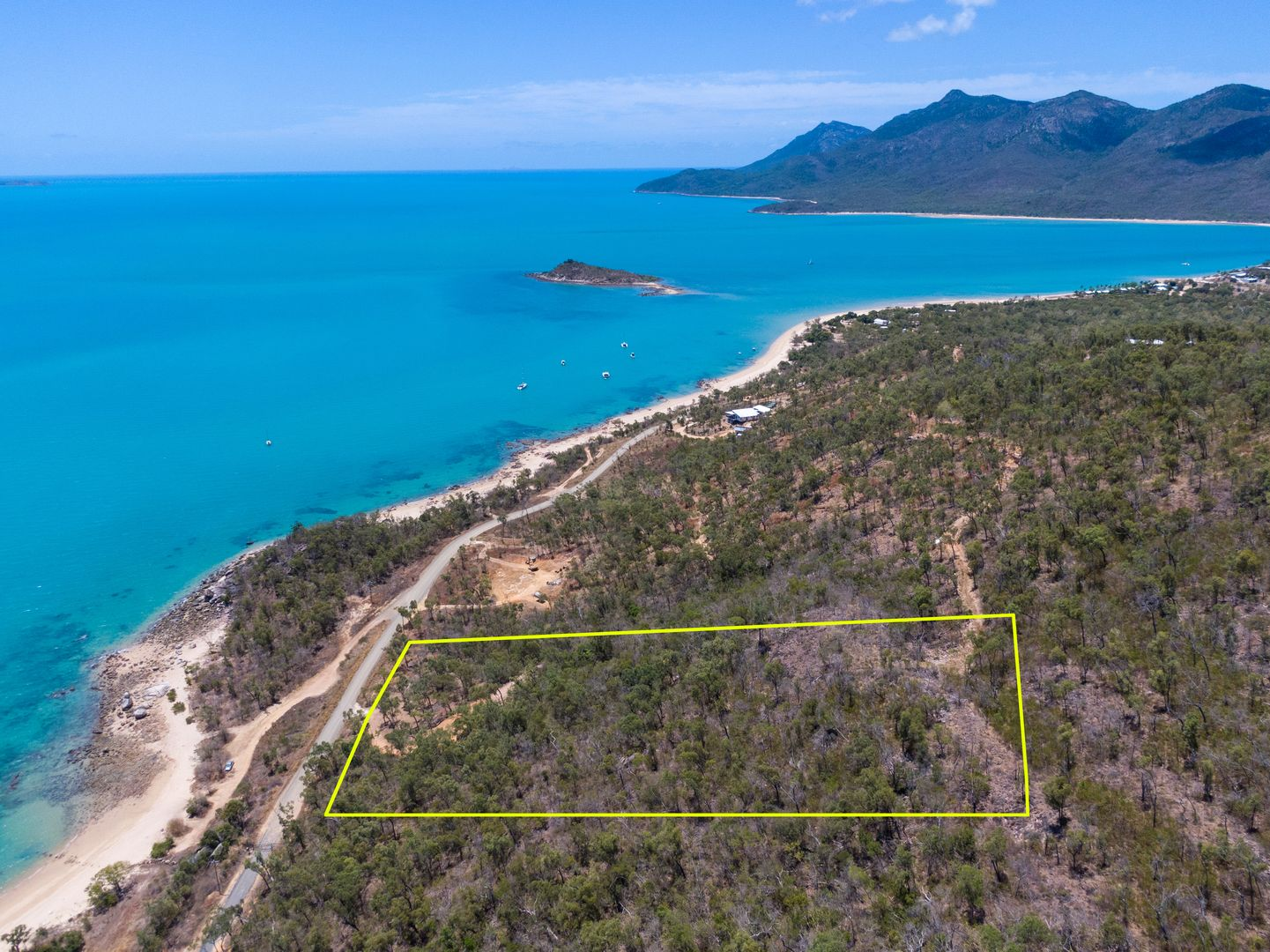 Lot 652 Gloucester Avenue, Hideaway Bay QLD 4800, Image 2
