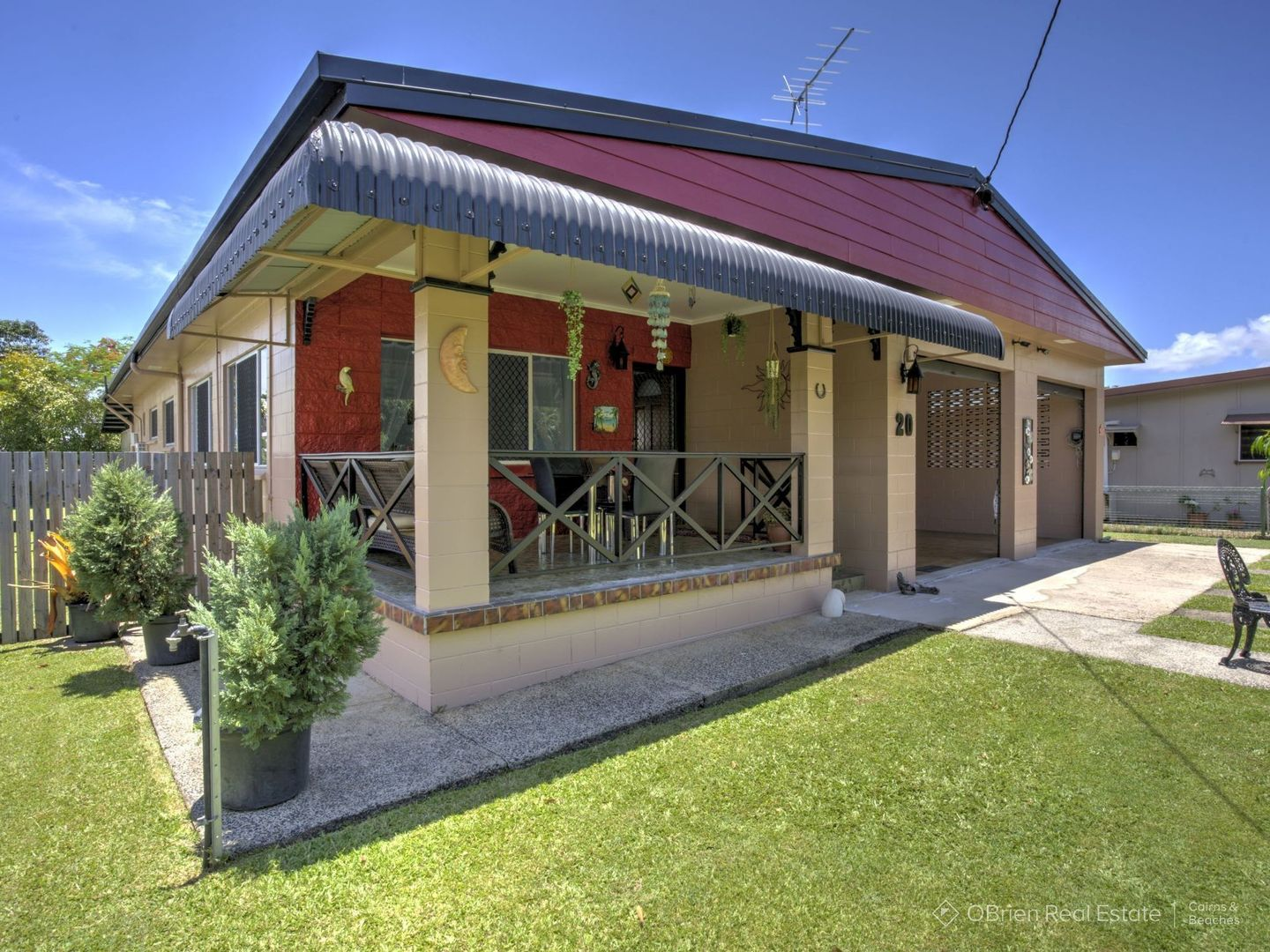 20 Judy Street, Flying Fish Point QLD 4860, Image 1