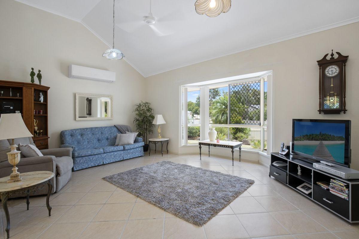 2 Troon Court, Robina QLD 4226, Image 2