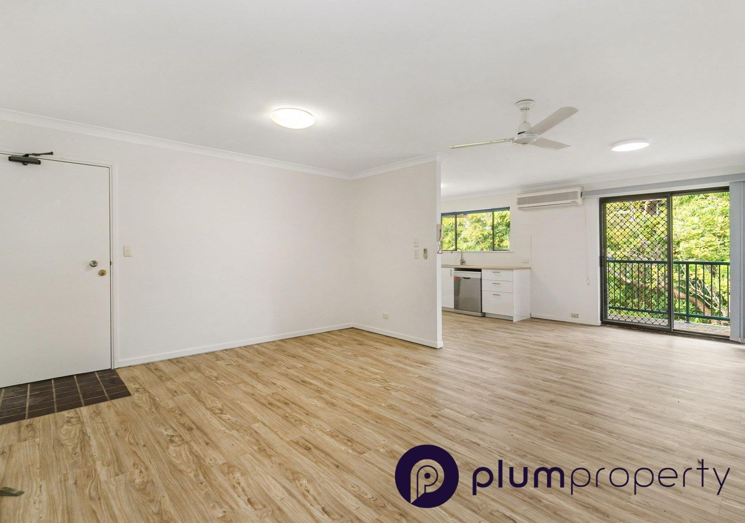 2 bedrooms Apartment / Unit / Flat in 10/35 Durham Street ST LUCIA QLD, 4067
