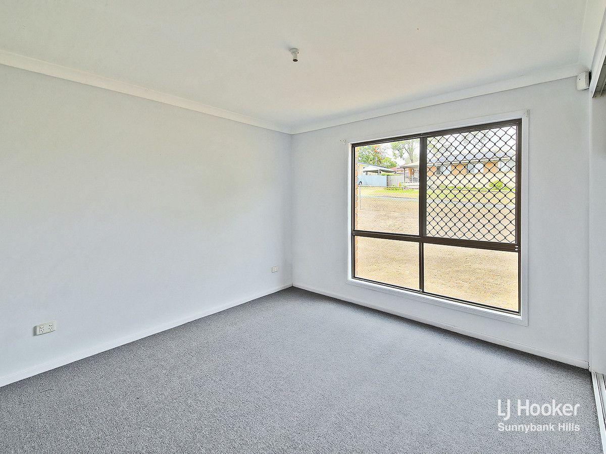 8 Fitchett Street, Goodna QLD 4300, Image 2