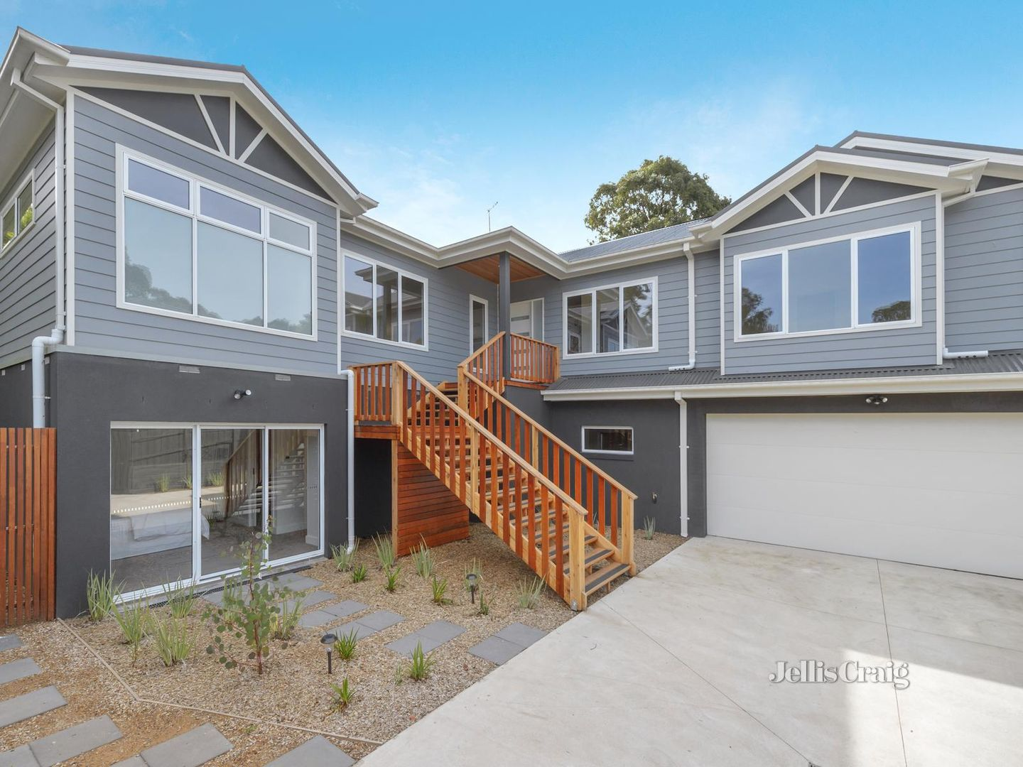2/9 Nokes Court, Montmorency VIC 3094, Image 0