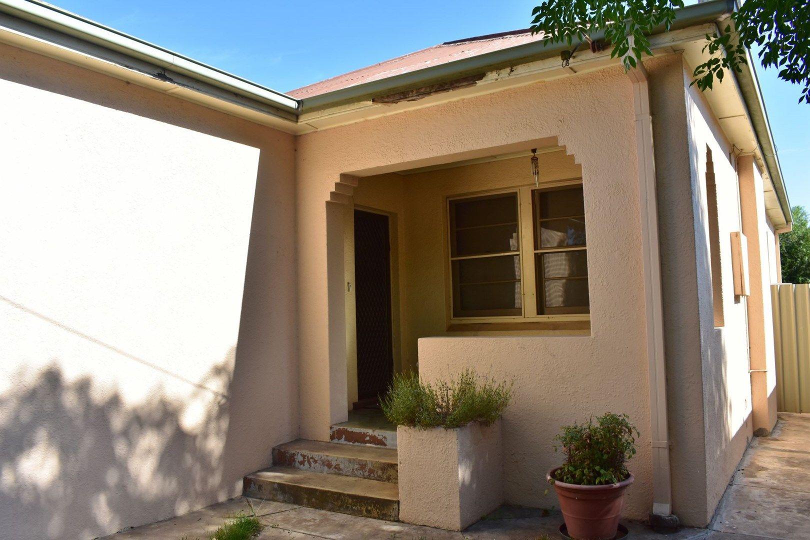 2 Albury Street, Wagga Wagga NSW 2650, Image 0