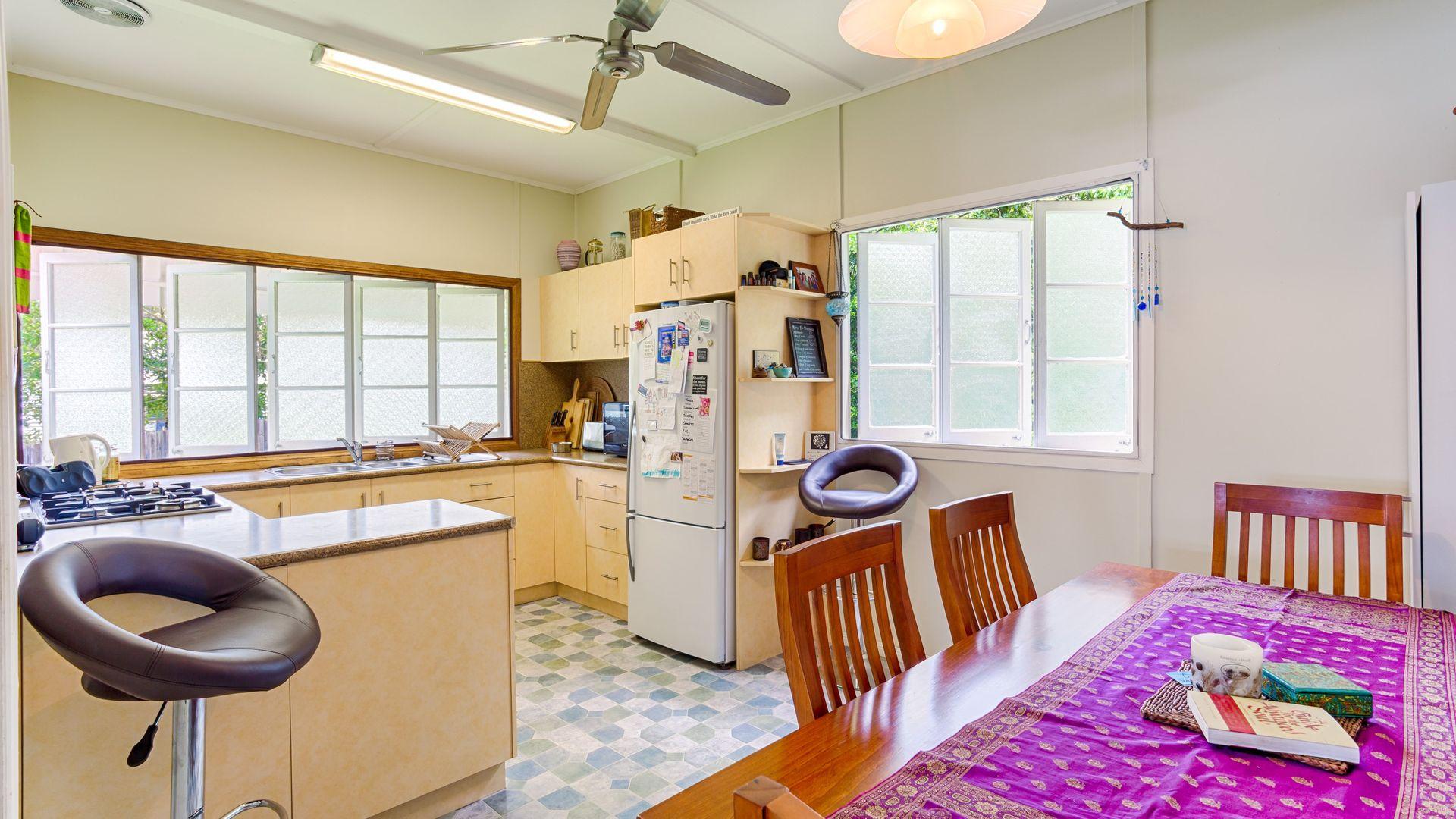 22 Rectory Street, Pomona QLD 4568, Image 2