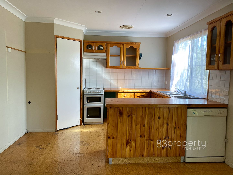 65a Thallon Rd, Kensington Grove QLD 4341, Image 2