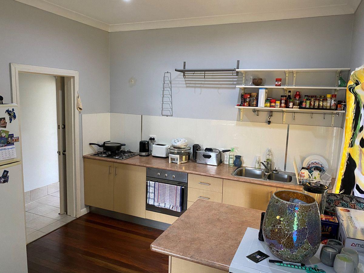 4 Moonya Street, Kingaroy QLD 4610, Image 2