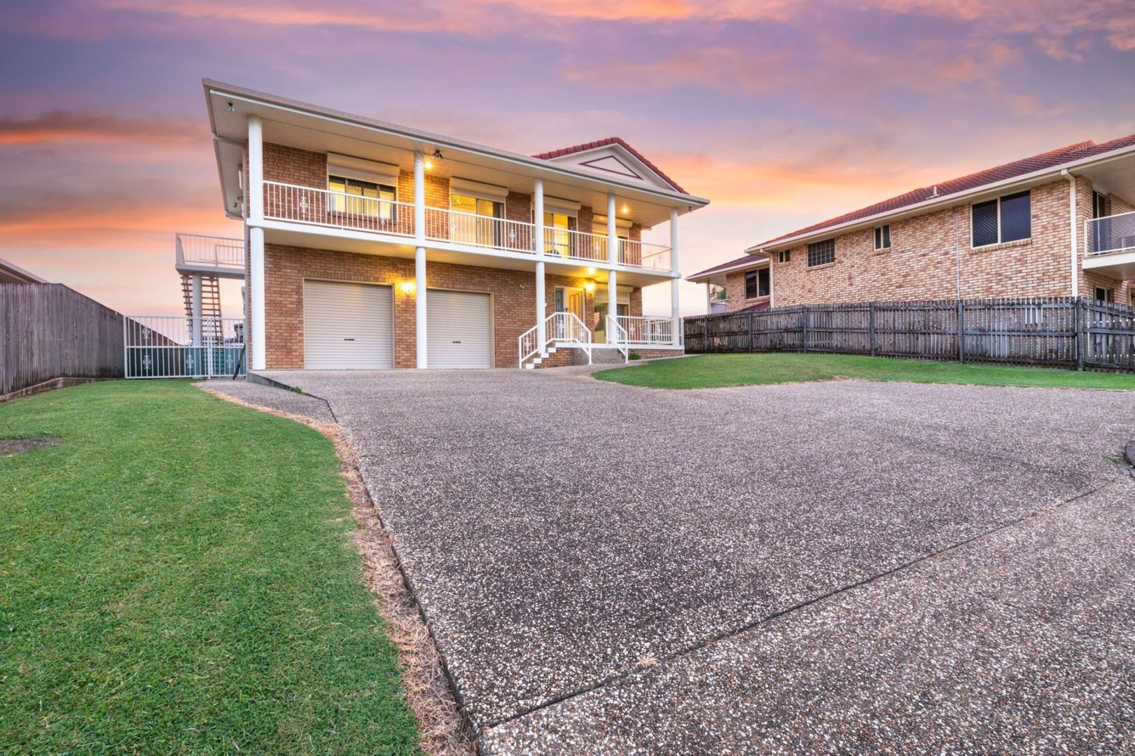 15 Dumfries Court, Beaconsfield QLD 4740, Image 0