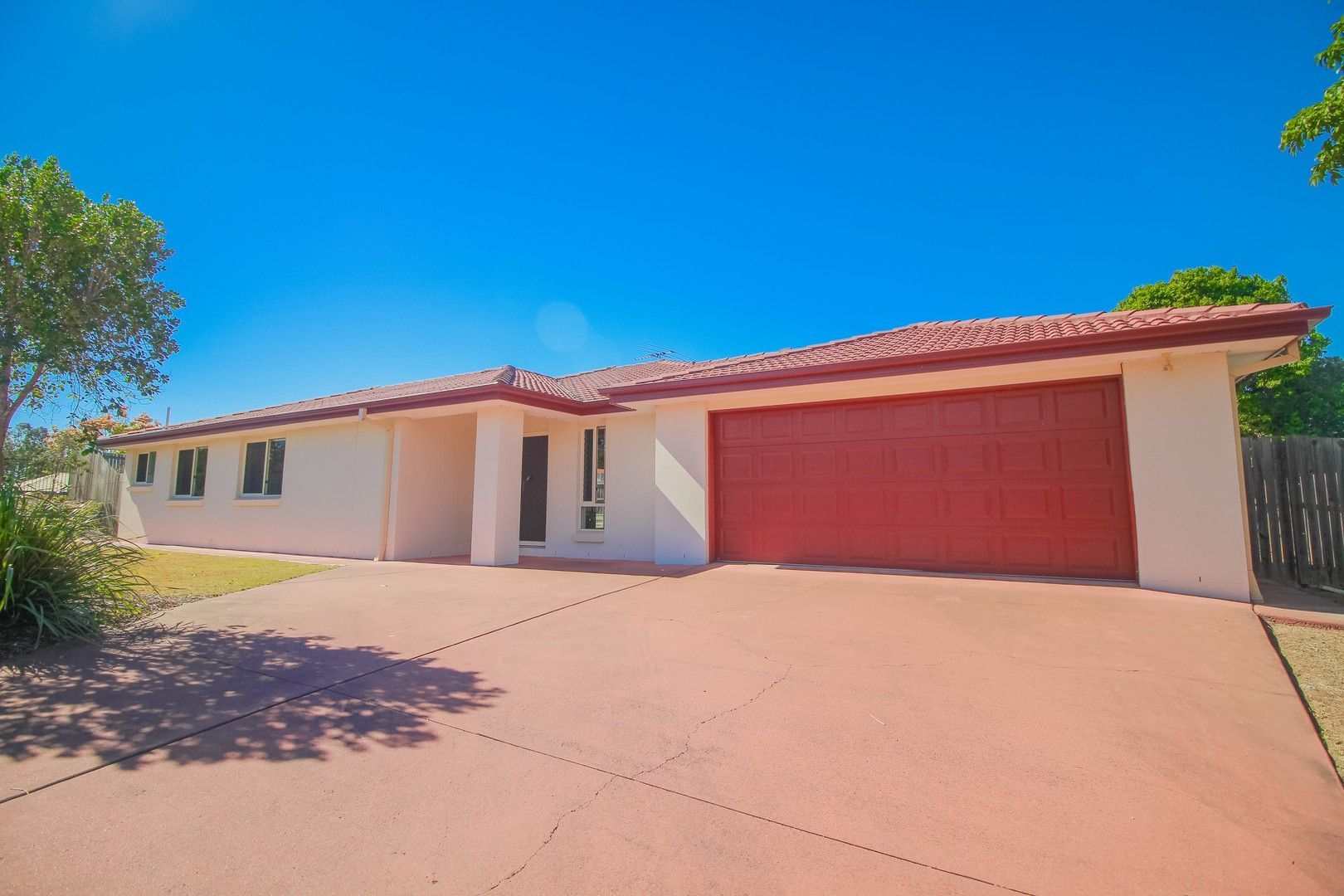 2 Sycamore Street, Flinders View QLD 4305, Image 0