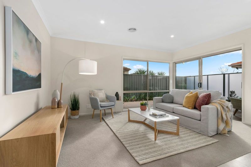 214/2 Rochester Parade, Cranbourne East VIC 3977, Image 0