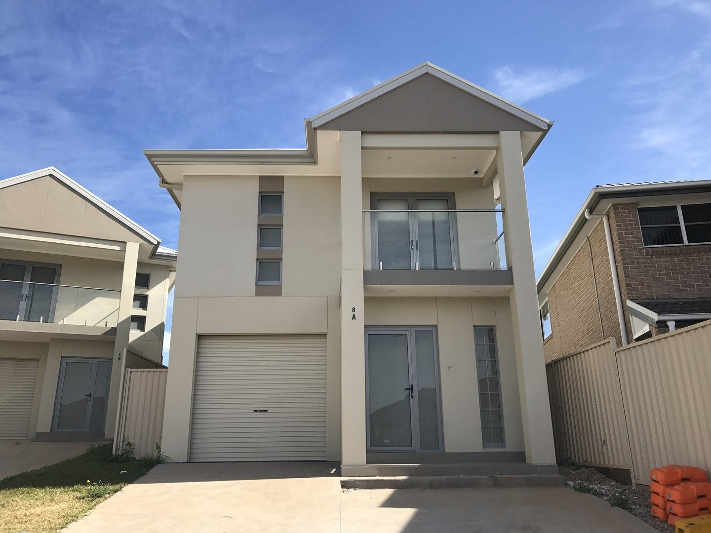 8a Busch  Place, St Helens Park NSW 2560, Image 0