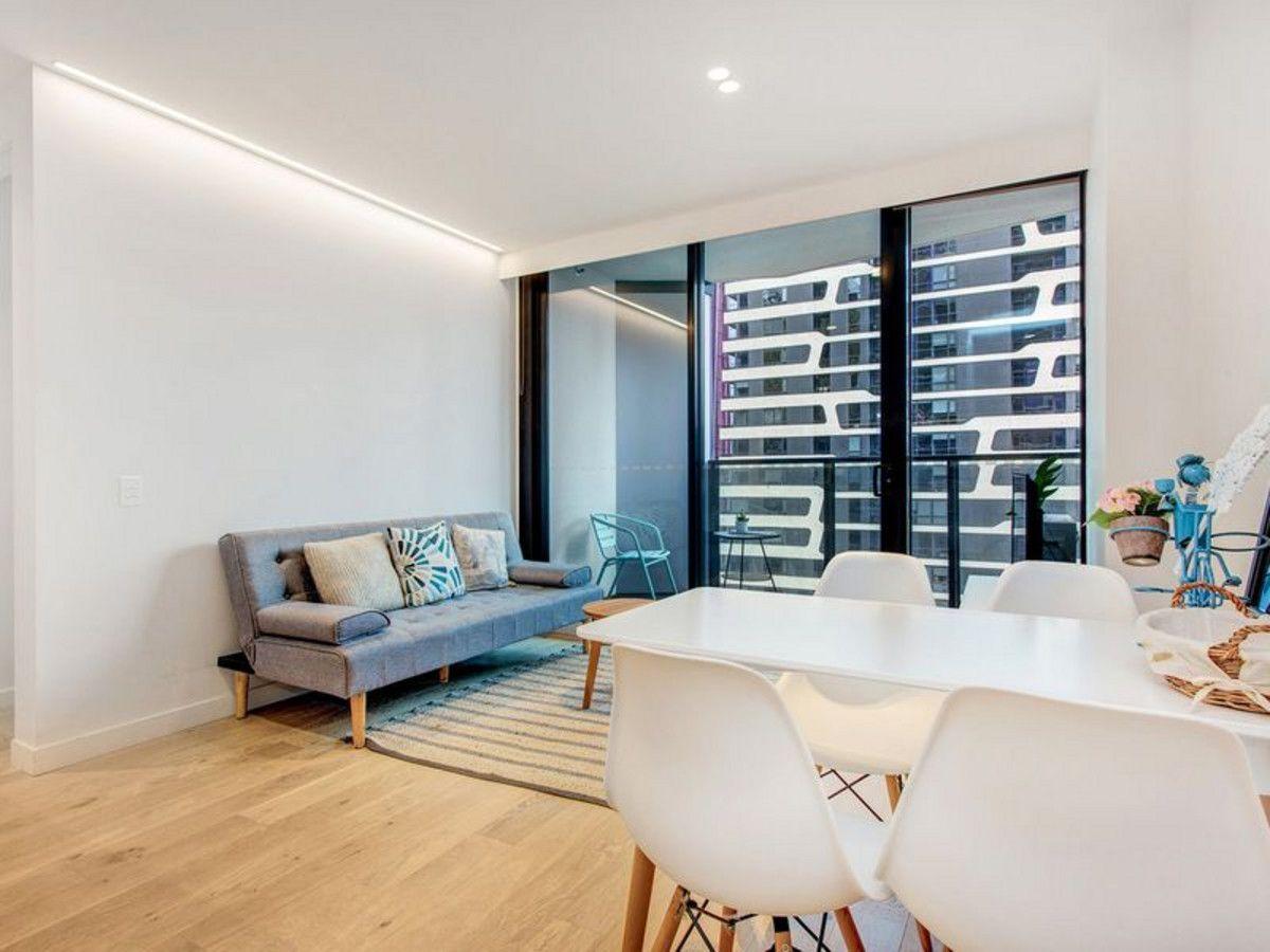 3206/442-450 Elizabeth Street, Melbourne VIC 3000, Image 2