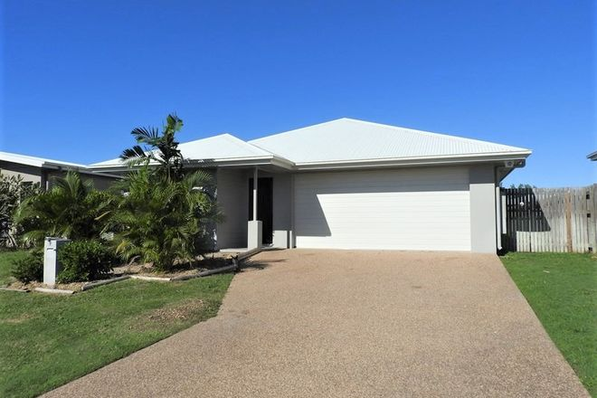 Picture of 9 Balladonia Avenue, MOUNT LOW QLD 4818
