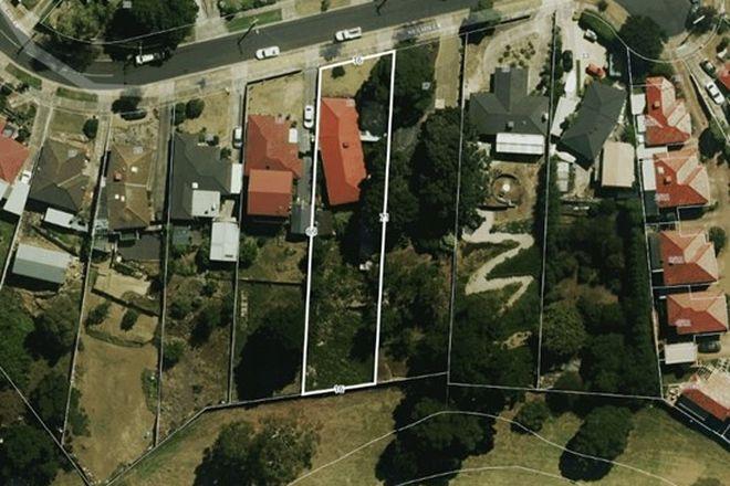 Picture of 19 Neilsen Crescent, BUNDOORA VIC 3083