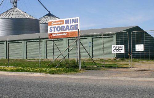 98 Queen Street, Junee NSW 2663, Image 0