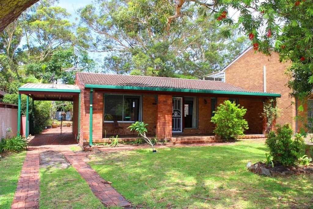 32 Ibis Avenue, Hawks Nest NSW 2324, Image 0