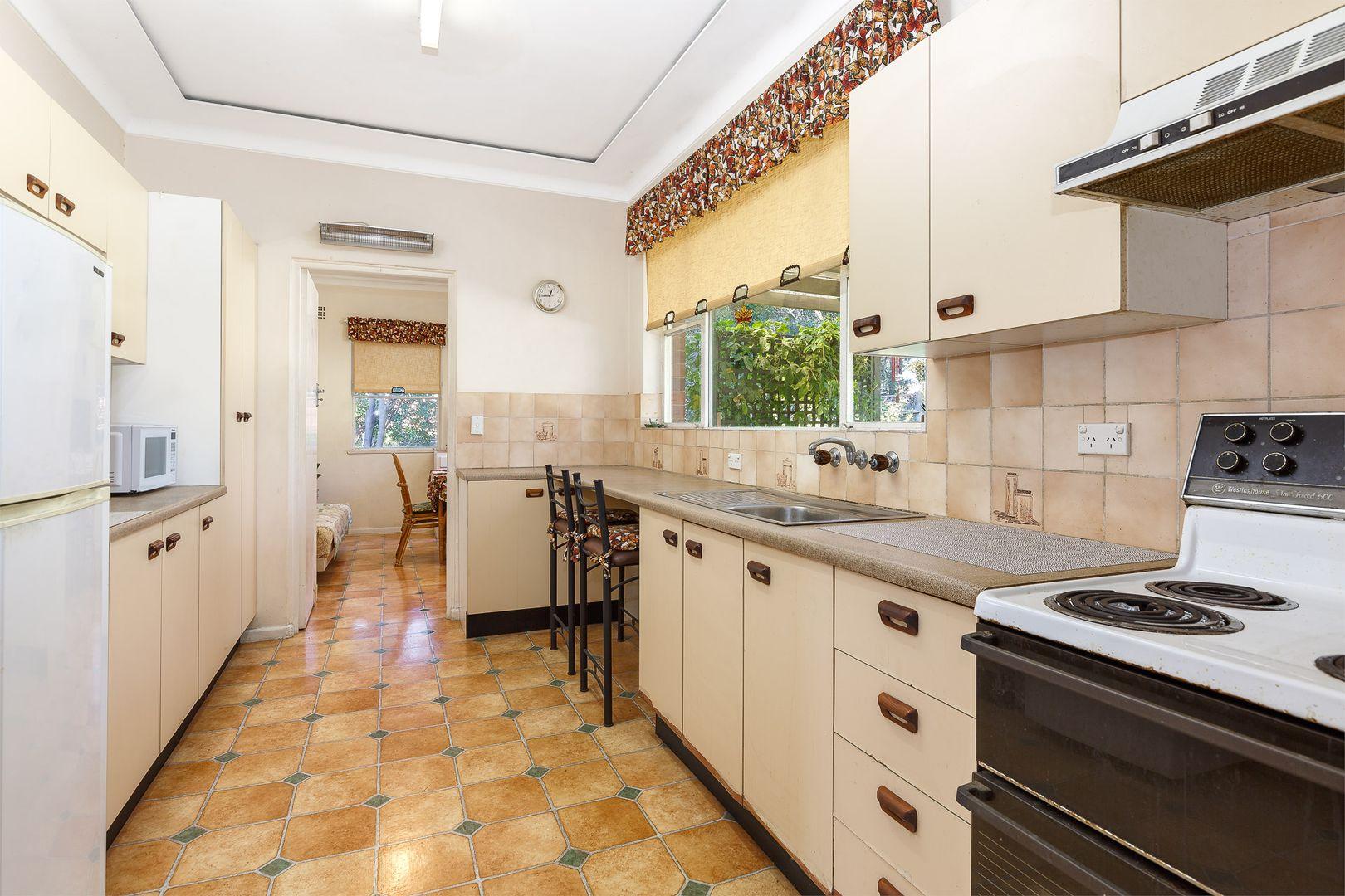 10 Sybil  Street, Eastwood NSW 2122, Image 2