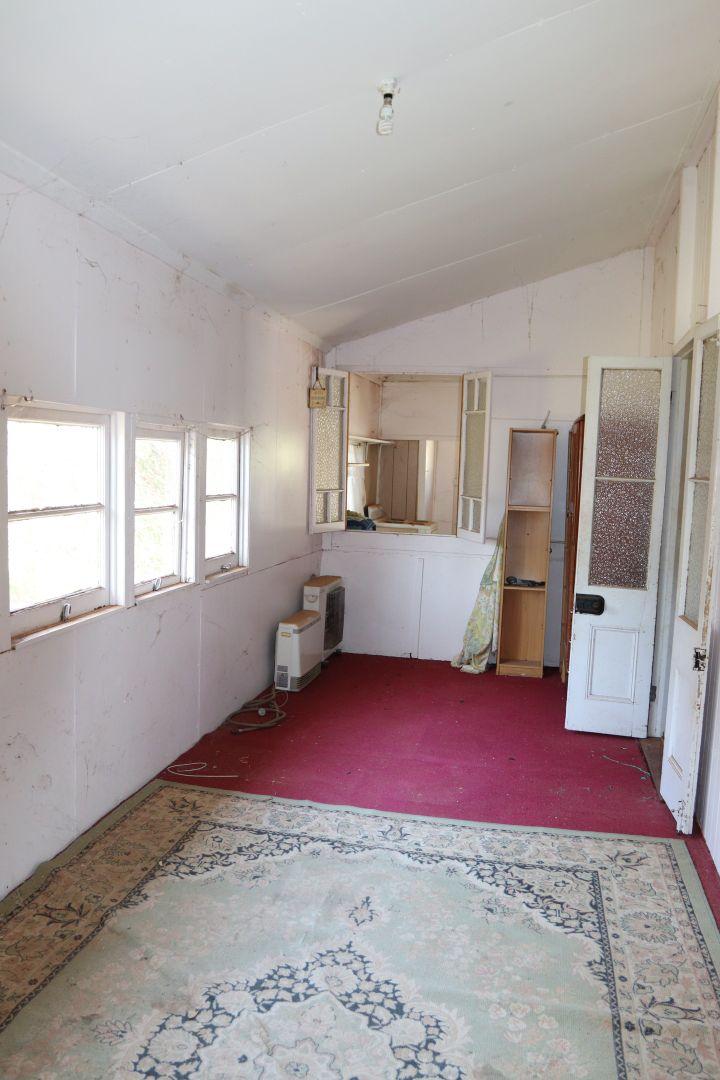130 Parry Street, Charleville QLD 4470, Image 2