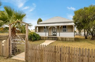 Picture of 42 Davidson Street, Oakey QLD 4401