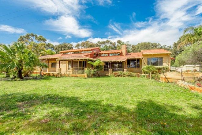 Picture of 126 Cathedral Avenue, LESCHENAULT WA 6233