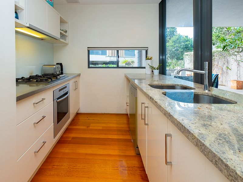 301/5 Manning Street, South Brisbane QLD 4101, Image 0