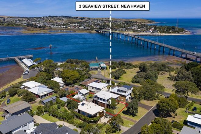 Picture of 3 Seaview Street, NEWHAVEN VIC 3925