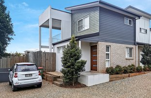 Picture of 1/442 Hume Street, Middle Ridge QLD 4350