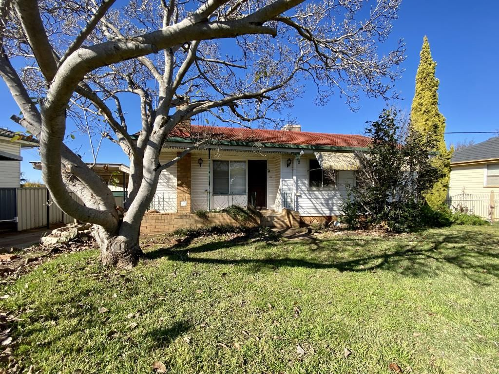 72 Campbell Street, Young NSW 2594, Image 0