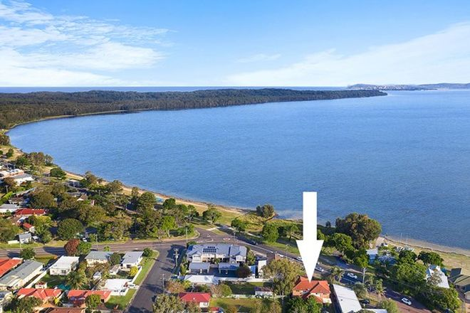 Picture of 2/2 Beach  Parade, CANTON BEACH NSW 2263