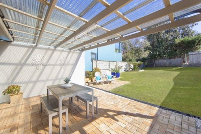Picture of 68 Carrington Parade, CURL CURL NSW 2096