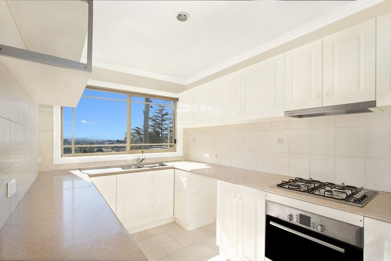 3/375 Crown Street, Wollongong NSW 2500, Image 2