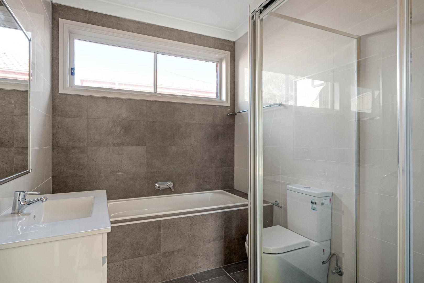 1/155 Girraween Rd, Girraween NSW 2145, Image 0