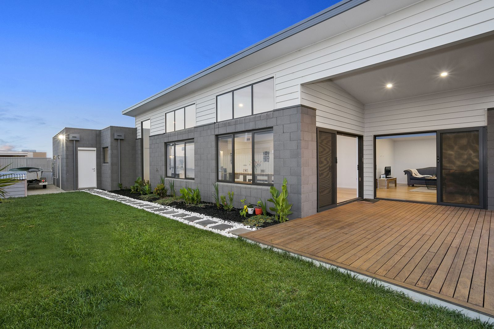 11 Redwood Place, Ocean Grove VIC 3226, Image 2
