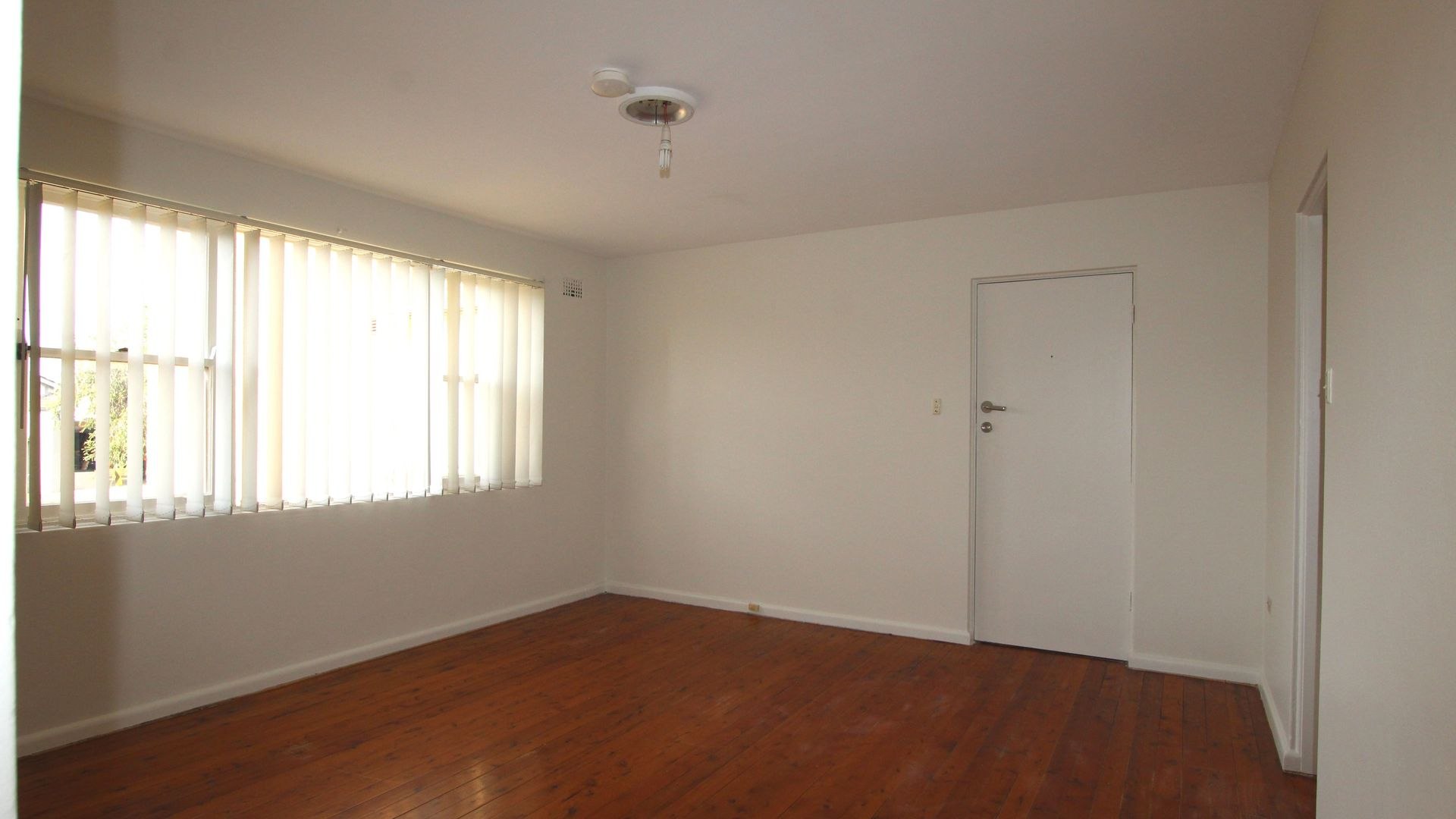 2/29 Fore Street, Canterbury NSW 2193, Image 2