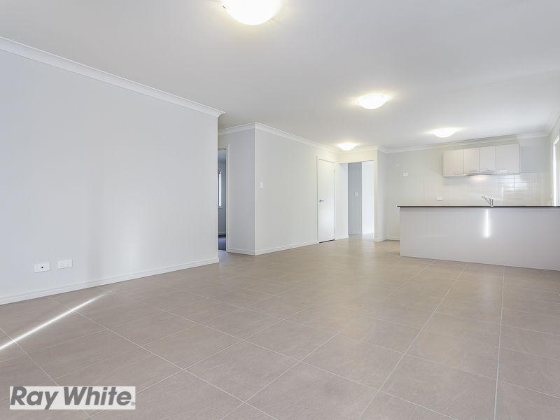 30 Sandalwood Crescent, Griffin QLD 4503, Image 2