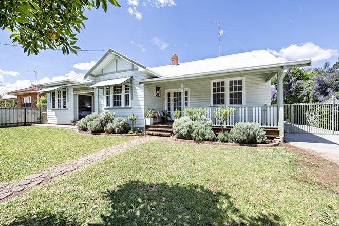 Picture of 19 Short  Street, DUBBO NSW 2830