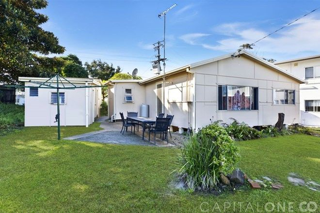 Picture of 14 Beach Parade, CANTON BEACH NSW 2263