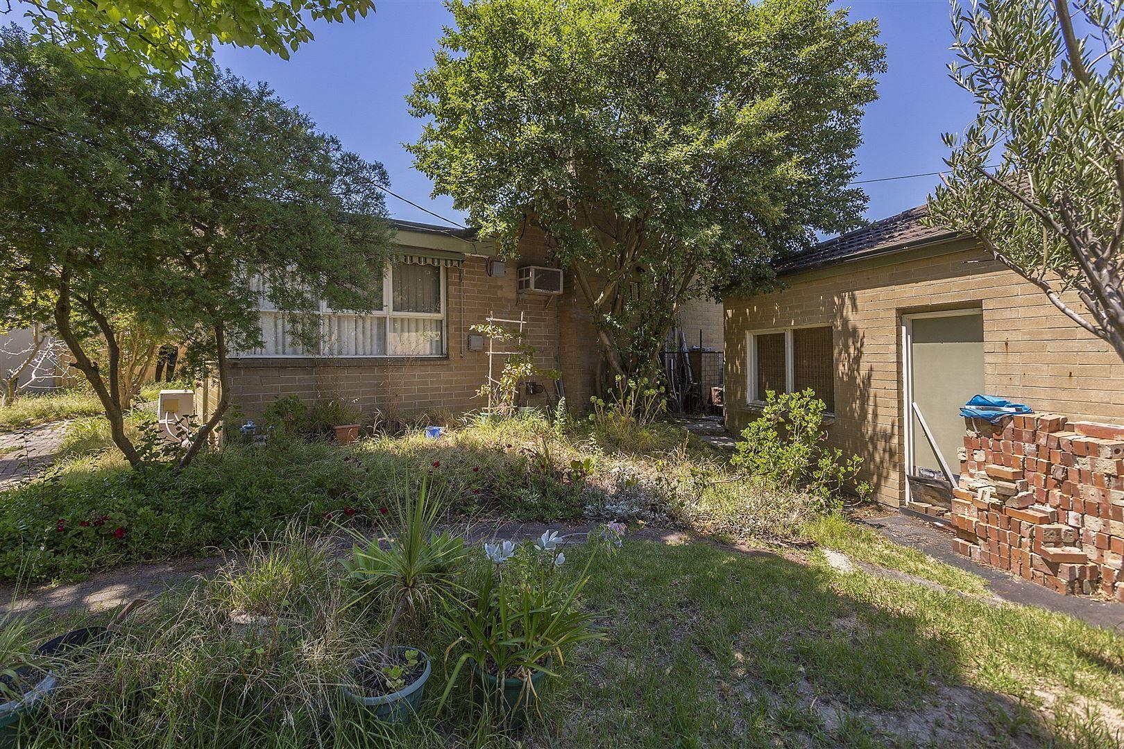 52 Bogong Avenue, Glen Waverley VIC 3150, Image 2