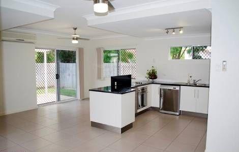 3/144 Queens Road, Hermit Park QLD 4812, Image 2
